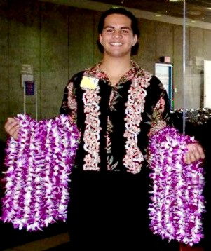 Airport Lei Greeting 888 534-7644
